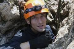 Пещера 200 лет Симферополя. Владимир Плуталов на входе в пещеру.