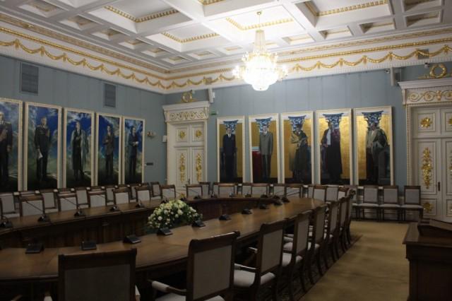 Зал для совещаний во дворце Румянцевых-Паскевичей, г. Гомель
